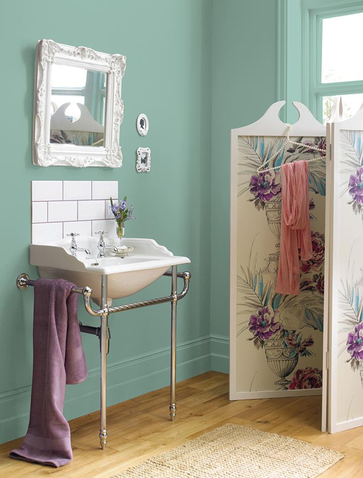 Soft Duck Egg Mid Sheen Bathroom Crown Paints