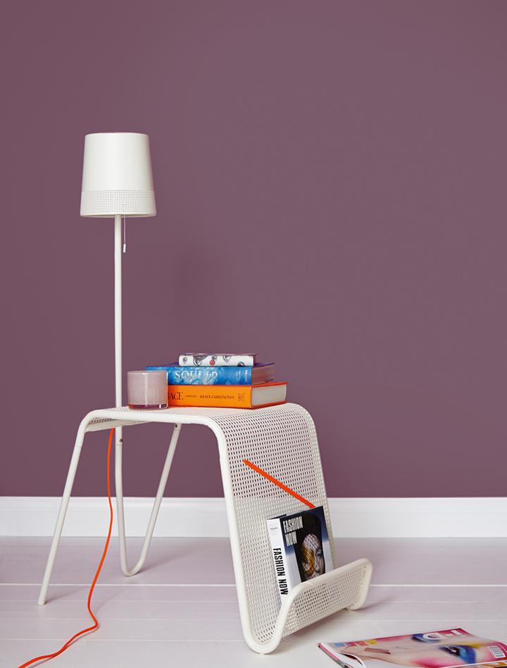 cover story matt standard emulsion crown paints. Black Bedroom Furniture Sets. Home Design Ideas