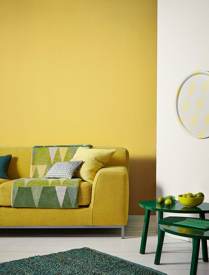 Mustard Jar Matt Standard Emulsion Crown Paints